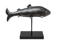 Poly-Skulptur Fisch auf Stand